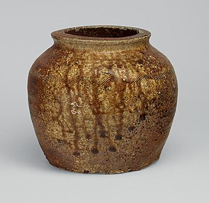 Echizen ware - Echizen ware widemouthed oil jar (kame) with wave pattern, stoneware with natural ash glaze, Edo period, 18th century