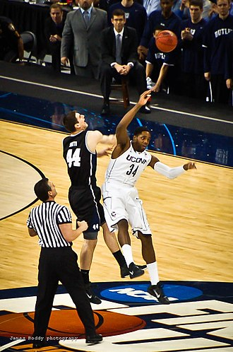 2011 NCAA Division I Men's Basketball Championship Game - 2011 NCAA Basketball Championship Game tip off