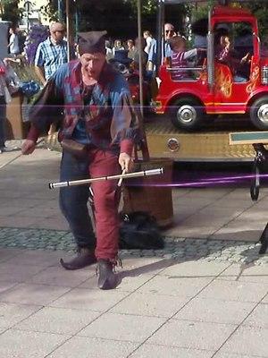 File:20120617Hockenheimer Handwerker und Bauernmarkt11.ogv
