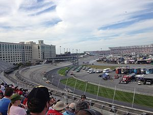 2014 AAA 400 - The race viewed from turn 3