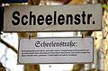 2015-11-14 Freundeskreis Hannover in Hildesheim, (181) Straßenschild Scheelenstraße mit Legendentafel.JPG