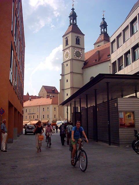 210704 regensburg-neupfarrplatz-aus-richtung-kassiansplatz 1-480x640