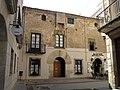28 Can Giol, pl. Ajuntament 16 (Calella).JPG