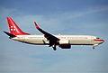 384bo - Privatair Boeing 737-86Q, HB-IIR@ZRH,24.10.2005 - Flickr - Aero Icarus.jpg