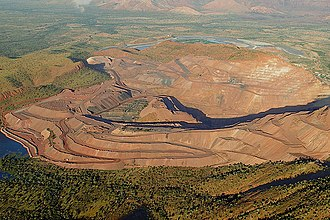 Argyle diamond mine - Aerial view of the open pit in 2007
