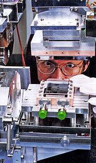 Monochromator optical device