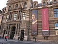 Advertising poster for the exhibition Leonardo da Vinci in Louvre museum (2019-2020) on the pavillon de la Bibliothèque.jpg