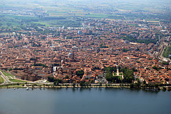 Aerial view of Mantova, Lombardy.jpg