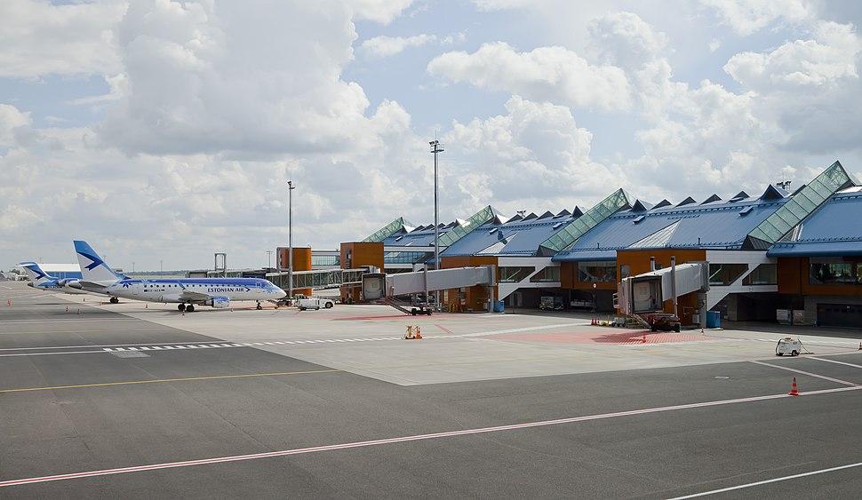 Aeropuerto Internacional de Tallinn, Estonia, 2012-08-05, DD 04