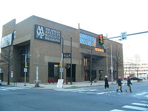 English: Front of the African American Museum ...