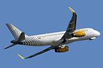 Airbus A320-232(WL) Vueling EC-LUO (8742309970).jpg