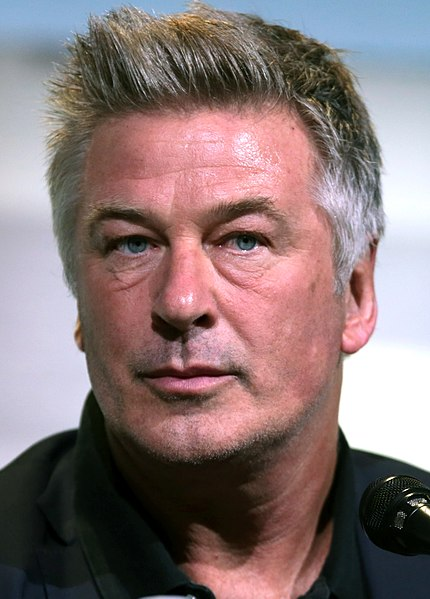By Gage Skidmore from Peoria, AZ, United States of America (Alec Baldwin) [CC BY-SA 3.0 (CC BY-SA 2.0)], via Wikimedia Commons