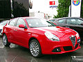 Alfa Romeo Giulietta 1.4T Distinctive 2013 (12180948825).jpg