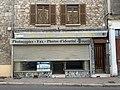 Ancien bureau de tabac à Saint-Julien-Molin-Molette (2020).jpg