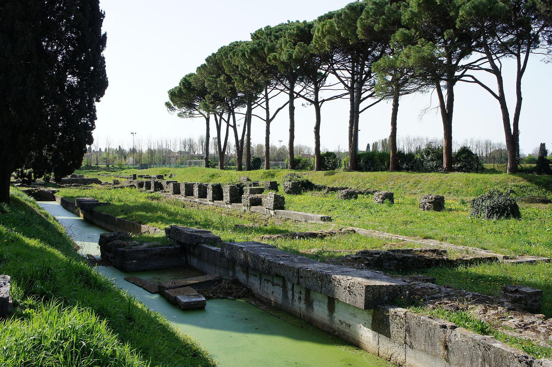 Ancient Roman Harbor, Aquileia.JPG