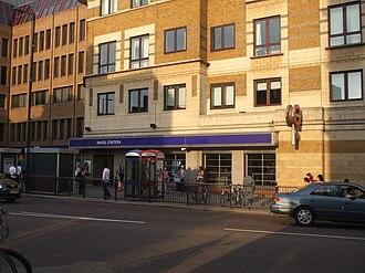 Angel tube station - Entrance on Islington High Street
