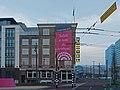 Arnhem, zijkant Hotel Haarhuis voor Giro d'Italia foto8 2016-04-09 06.57.jpg