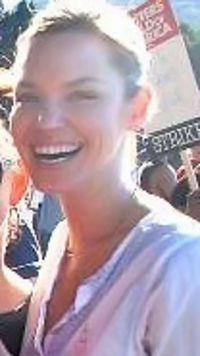 Ashley Scott (2007).