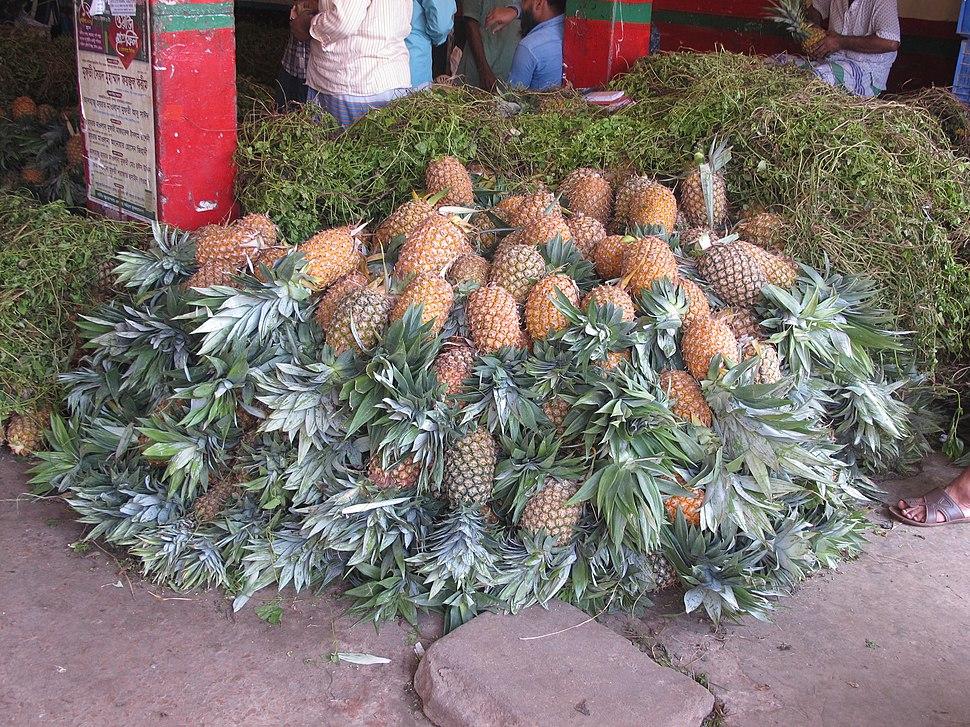 At Sadarghat street Market 06