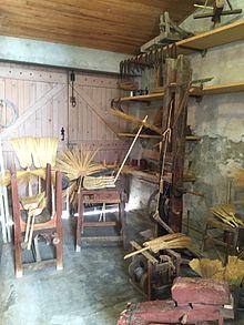 Atelier de balais de sorgho.jpg