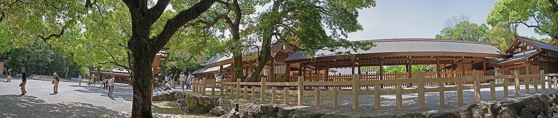 Atsuta jingu shrine , 熱田神宮 - panoramio (11).jpg