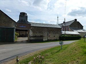Auge, Ardennes - La tour du vent Farm