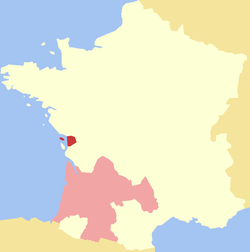 Aunis (deep red), shown with Aquitaine (pink).
