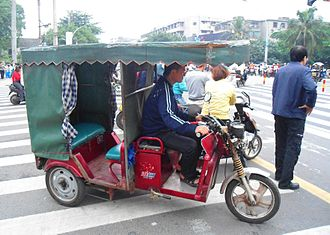 Electric rickshaw - An electric rickshaw in Haikou, Hainan, China