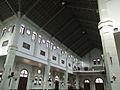 Bên trong nhà thờ 1.jpg