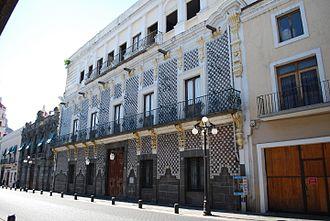 Meritorious Autonomous University of Puebla - Direction of Libraries for BUAP in the historic center of Puebla