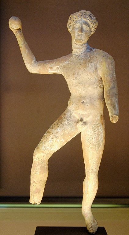 figurine of Greco-Roman ball player (3rd century BC) - Roman Pila (Balls): Follis, Paganica, Trigon