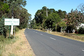 Balmoral, New South Wales (Southern Highlands) - Image: Balmoral Village Entry