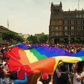 Bandera monumental Marcha LGBTTTI 2016 5.jpg