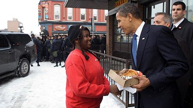 [Image: 640px-Barack_Obama_and_well-wisher_in_Ot...-19-09.jpg]