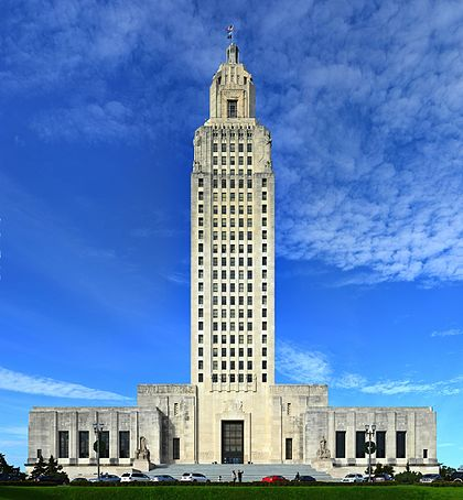 https://upload.wikimedia.org/wikipedia/commons/thumb/8/88/Baton-rouge-97273.jpg/420px-Baton-rouge-97273.jpg