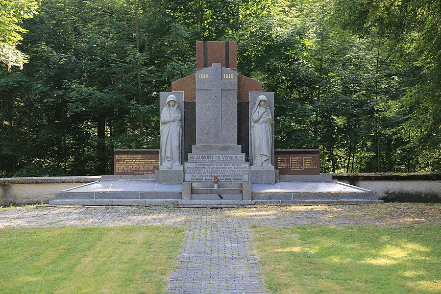 Memorial in the village Beaumont-en-Verdunois that was destroyed in the first world war