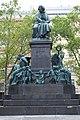 Beethoven monument, Vienna (1).jpg