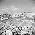 Begraafplaats op Zion's berg met het zichtop de stadsmuur van Jeruzalem, Bestanddeelnr 255-5156.jpg