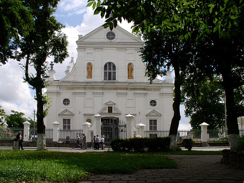Файл:Belarus-Niasvizh-Church of Corpus Christi-1.jpg