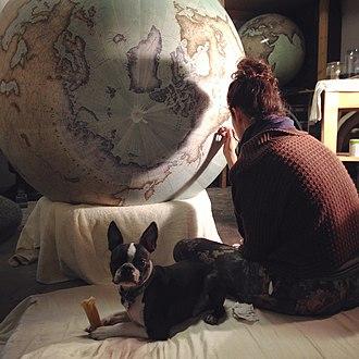 Bellerby & Co, Globemakers - Image: Bellerby plus dog