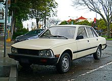 early model peugeot 505 diesel with round headlamps (usa)