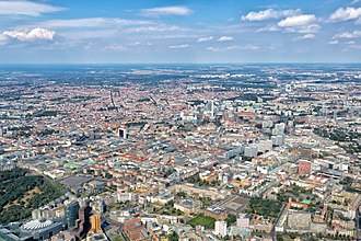 View over central and northeastern Berlin Berlin - Aerial view - 2016.jpg