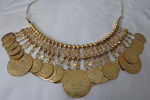 Bijoux traditionnelle Tunisie.JPG
