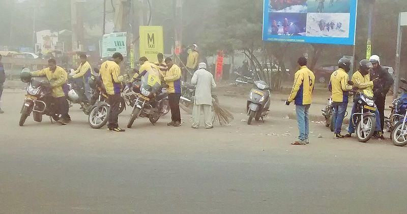 File:Bike-Taxi-Stand-Gurgaon.jpg