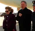 Bill and Hillary Clinton leaving Air Force One (cropped1).jpg