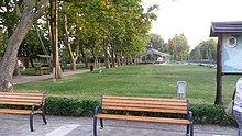 "Blick auf den ""Festplatz"" von Balatongyörök.jpg"