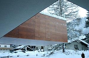 Deconstructivism - Image: Bodenlos