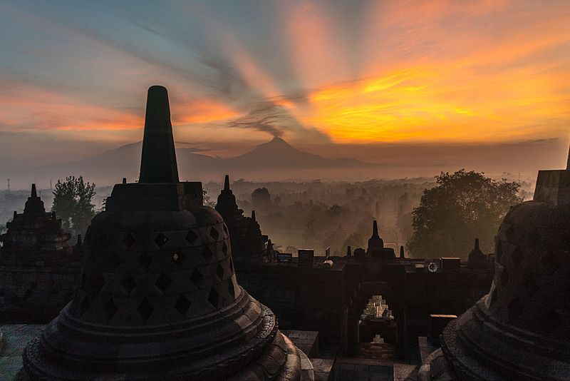 File:Borobudur Sunrise and Volcano View.jpg