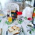 Breakfast table in Wallis island.jpg
