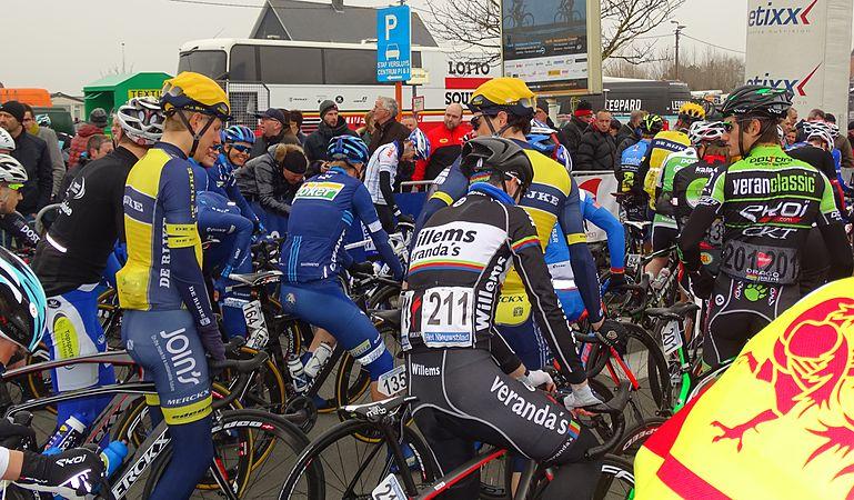 Bredene - Handzame Classic, 20 maart 2015, vertrek (C07).JPG